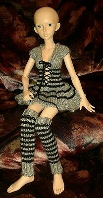 Hand knitted dolls clothes for BJD
