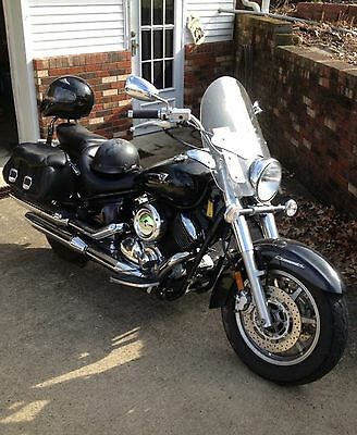 2007 Yamaha V Star  2007 V-STAR CLASSIC 1100, BLACK W/ GHOST FLAMES, SUPER LOW MILES, MAKE OFFER!