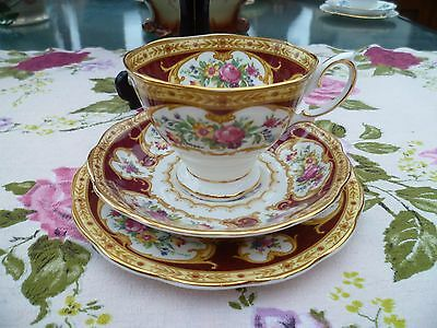 Lovely Royal Albert English China Trio Tea Cup Saucer Plate Lady Hamilton