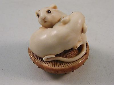 Adam Binder Edition Be Mine Mouse Brown Mushroom Netsuke #'d 119/250  Mib Coa