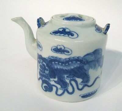 Antique Chinese Blue And White Foo Lion Teapot