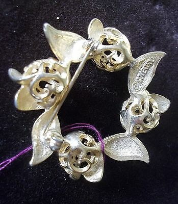jewelry Vintage Sarah Coventry Gold tone wreath brooch