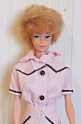 Mattel 1961 First Issue BUBBLE CUT Blonde BARBIE Doll in Custom Outfit, USA EUC