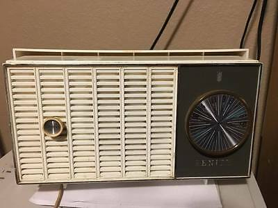 Vintage Collectible 1950's Zenith AM Tube Radio  WORKS! Antique