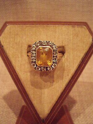 10K Yellow Gold Ring with Spinel Stones and a Center Yellow Stone