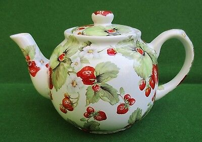 Carlton Ware Strawberry Patterned Teapot... 2 cups