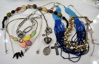 Estate Vintage Lot of Vintage and Fashion Used Jewelry Necklaces and Pendants