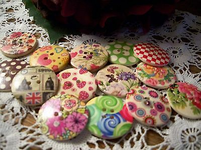 14 Jazzy Retro  Wooden Buttons