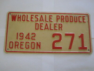 1942 Oregon PRODUCE DEALER  License Plate Tag