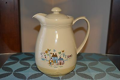 Vintage International HEARTLAND Plastic Thermos/Carafe 7016030 Country Cottage
