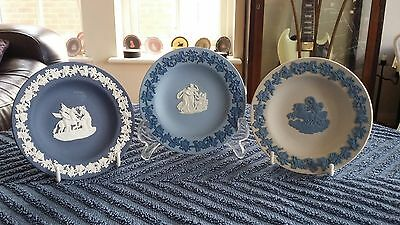 WEDGWOOD Jasperware Plates Tri Colour , Portland Blue , Reverse Blue And White