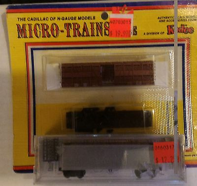 NIB N Scale Micro Trains Undecorated Stock Car and Boxcar.