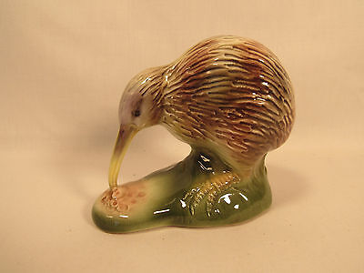 Vintage Porcelain Kiwi Bird Figurine Jewellers Association Of New Zealand