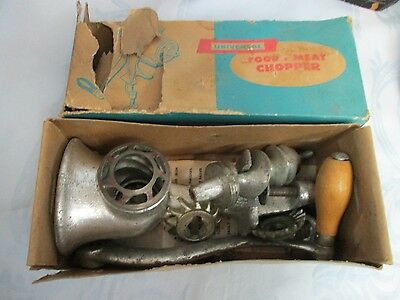 Vintage NO. 2 Universal Cast Iron Hand Crank Food & Meat Chopper w/ Original Box