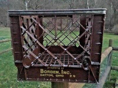 Vintage Brown Borden Milk Container Plastic Crate Commercial Advertising OHIO