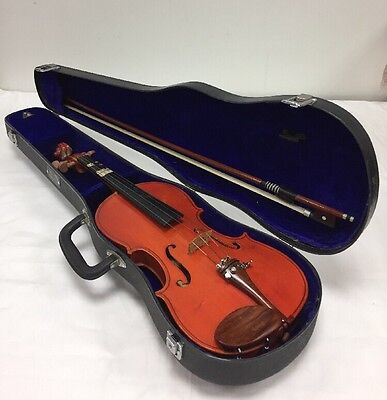 Stentor VIOLIN 3/4 size, in carry case, missing one string