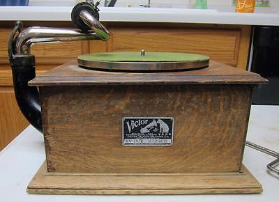 Antique Victor Talking Machine VV-IV-A 372966 - SOLD AS IS FOR PARTS l