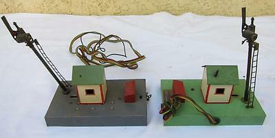 2 American Flyer S Gauge #758 Sam the Semaphore Man Signal Operating Structure l