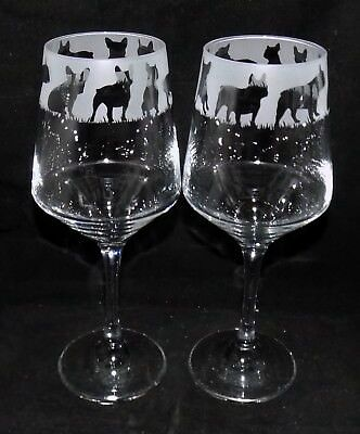"""/""""CHIHUAHUA/"""" Design es New Etched Large Wine Glass Free Gift Box"""
