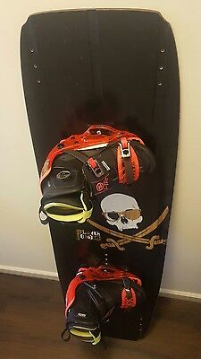 BRAND NEW Hyperlite Marek System Bindings with Humanoid Plank Wakeboard Package