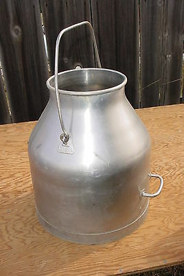 Delavel 5 gallon stainless steel milk can  very good condition--dairy milk can