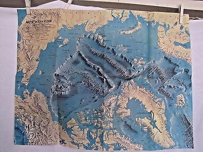 1971 National Geographic Map - Arctic Ocean Floor - 24 x 19 inches