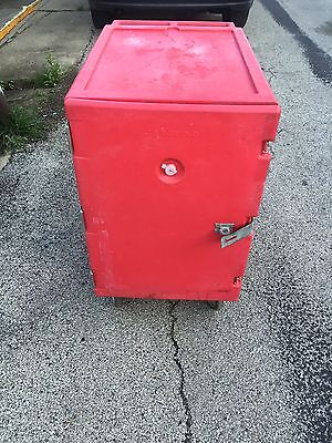 Cambro Hot Box Red with wheels and NEW gasket 1826LBC157