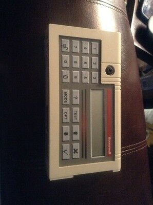 honeywell intelliguard LCD Keypad (CC2) 8003-277