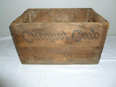 Antique 1920s 30s Clicquot Club Ginger Ale Advertising Wood Crate Finger Jointed