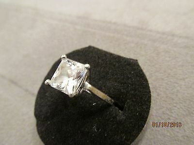 Lovely Vintage Estate Sterling Silver Princess Cut Solitaire CZ Ring Size 5.0