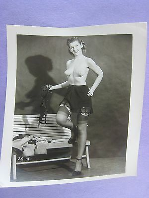 Orig. 1950S Pinup Photo..5 X 4 ...nice !...# Bb-18..nude,risque..