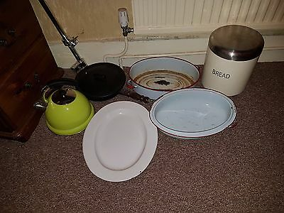 Bundle Metalware Camping Stuff Metal Gas Kettle Cooking Pots Bread Cast Pan 99P