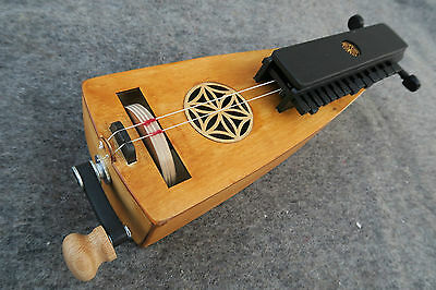 Medieval hurdy Gurdy / wheel lyre / vielle a roue / drehleier / bagpipe inspired