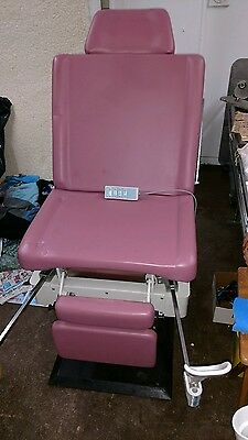Umf 5020 Patient Proceeder Exam Chair