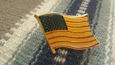 Vintage Old Glory Flag of the USA American Flag  old enamel pin gold