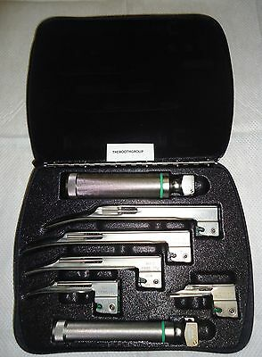 Welch Allyn #68696 Miller Fiber Optic Laryngoscope Set-2 Handles And 5 Blades