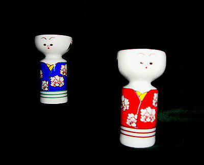 Set Traditional Dress Hand-painted Asian Figures Porcelain Salt Pepper Shakers