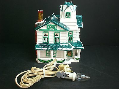 Dept 56 The Original Snow Village Wooden Clapboard #50725 D56 1981-84