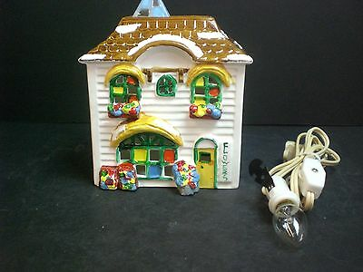 Dept 56 The Original Snow Village Flower Shop #50822 D56 SV Good Condition