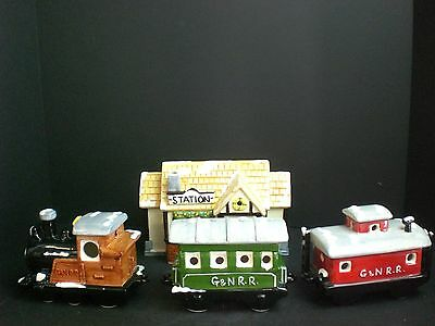 Dept 56 The Original Snow Village Train Station with 3 Cars #50856 D56 1980-85