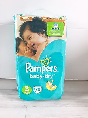 Couches Pampers Baby Dry Taille 3 (5-9kg) 70 Couches