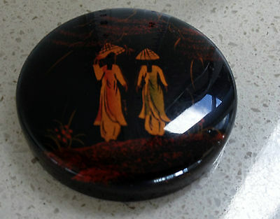LACQUER - SMALL DISH - LID ?depicting 2 Ladies in national costume / Coolie Hats