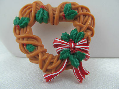 Vintage RARE 1980's HALLMARK PIN CHRISTMAS HEART WREATH PIN, Colorful, Detailed
