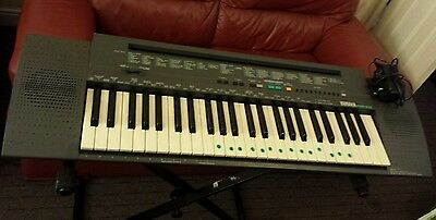 Yamaha Psr-100 Portble Electronic Music Keyboard