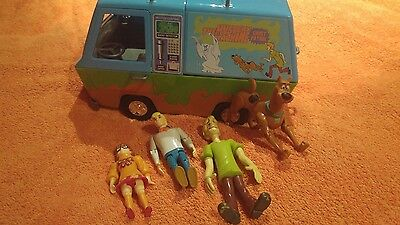 Scooby doo scooby-doo the mystery machine & figures