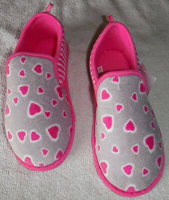 """NWT Girls /""""Hearts /& Stripes/"""" Slippers Size Large 2-3"""