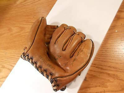 Vintage Youth Baseball Glove Thick Heavy Leather Well Worn Unique Display