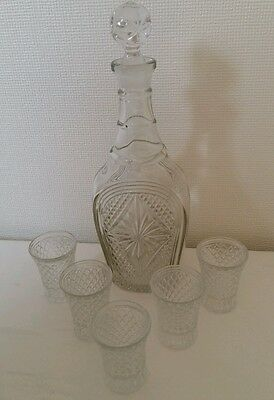 Vintage pressed glass Decanter and 5 small shot glasses Victorian ? Art Deco ?