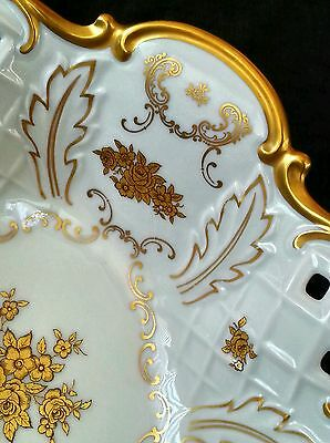 Exquisite Reichenbach Thuringia scalloped porcelain bowl decorated w. 24 KT gold