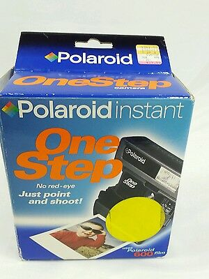 Vintage Polaroid Instant One Step 600 Film Camera Mint In Box With Strap